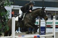 Limburgs kampioen indoor 2017: Maud Verhoeven met Casper klasse DE-B springen