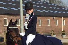Limburgs kampioen indoor 2017: Esmee van der Sterren met Elwi's Adorable Bixie springen A